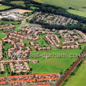 Sutherland St bottom right, Northlea Estate at left, Neasham Road at centre, Northlea School and Woodlands at top. Photo July 2003.Copyright FlyingFotos www.seahamfromtheair.co.uk
