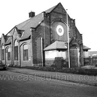 Stewart St Primitive Methodist Chapel built in 1910  later a pop factory and then a Scout's headquarters. Demolished 2002. Photograph 1980.