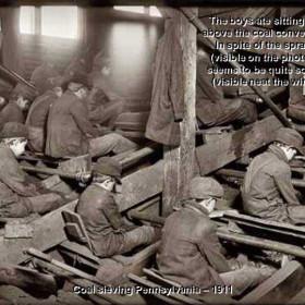 Children sieving coal, Pennsylvania 1911.