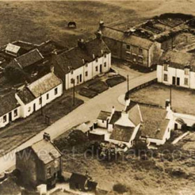 Hawthorn Village, date not known. Stapylton Arms at centre.