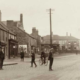 Front Street Hetton, c 1930?  Detail from previous photograph.