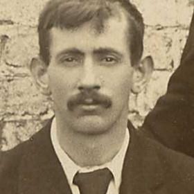 R MARTIN;  Seaham Thistle 1909