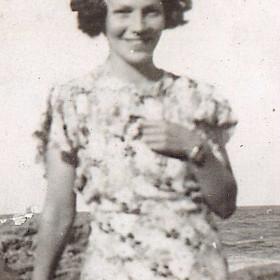 Denise Bagley, nee Conlon. Photo 1930s