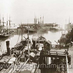 Sail and steam in north dock in 1903. Londonderry ship in left foreground.