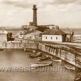 North Dock, old lighthouse and lifeboat house before WW2.