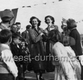 Lawnside Ave, Deneside, 26 prefabs, Coronation celebrations 1953.