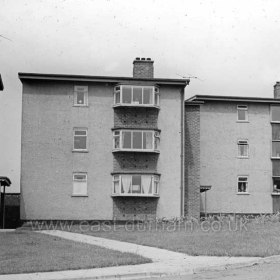 Peterlee c1950. These look like the flats between Little Eden and Brandlings Way. Info from Keith Davidson Photograph from Stafford Linsley