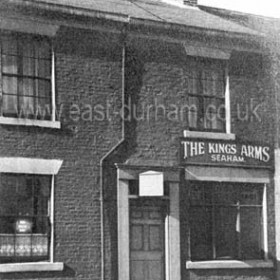 The King's Arms in North Terrace, c 1950