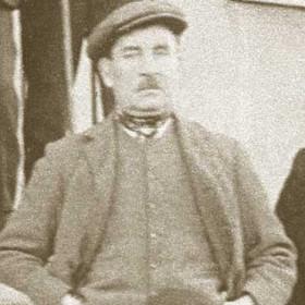 JOHN RAWLING. P/graphed at the Dun Cow, Seaton Village 1921.