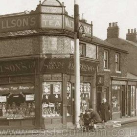 Walter Willson's at the junction of Henry and North Railway Streets began trading sometime between 1894 and 1902  and continued until the shop was demolished in the slum clearance of the mid 30's. As E Burley,  fruiter is next door at 31 N Railway St. this  photograph must have been taken between 1930 and 1934, probably just prior to demolition.