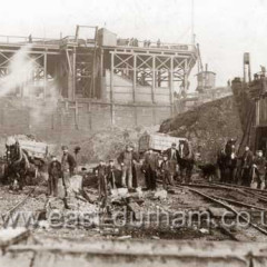 Excavating new South Dock in 1902.