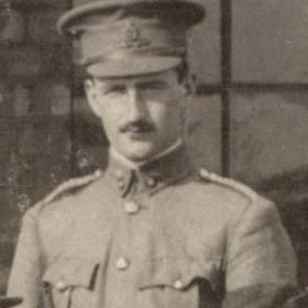 Lt L THOMPSON   Volunteers  1911.