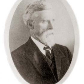 Mr W Hall, member of Seaham Harbour Council 1911.Bottleworks Manager, lived at Violet Cottage, Candlish Tce.