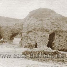 Blackhall Rocks 1900