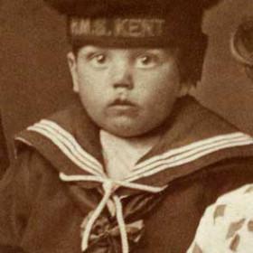 Robert Wallace b 1913. Son of Simpson Longstaff Wallace. Photo c1916