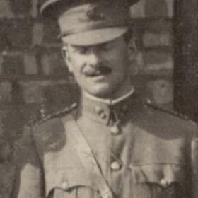 Lt K YEAMAN  Volunteers  c 1911.
